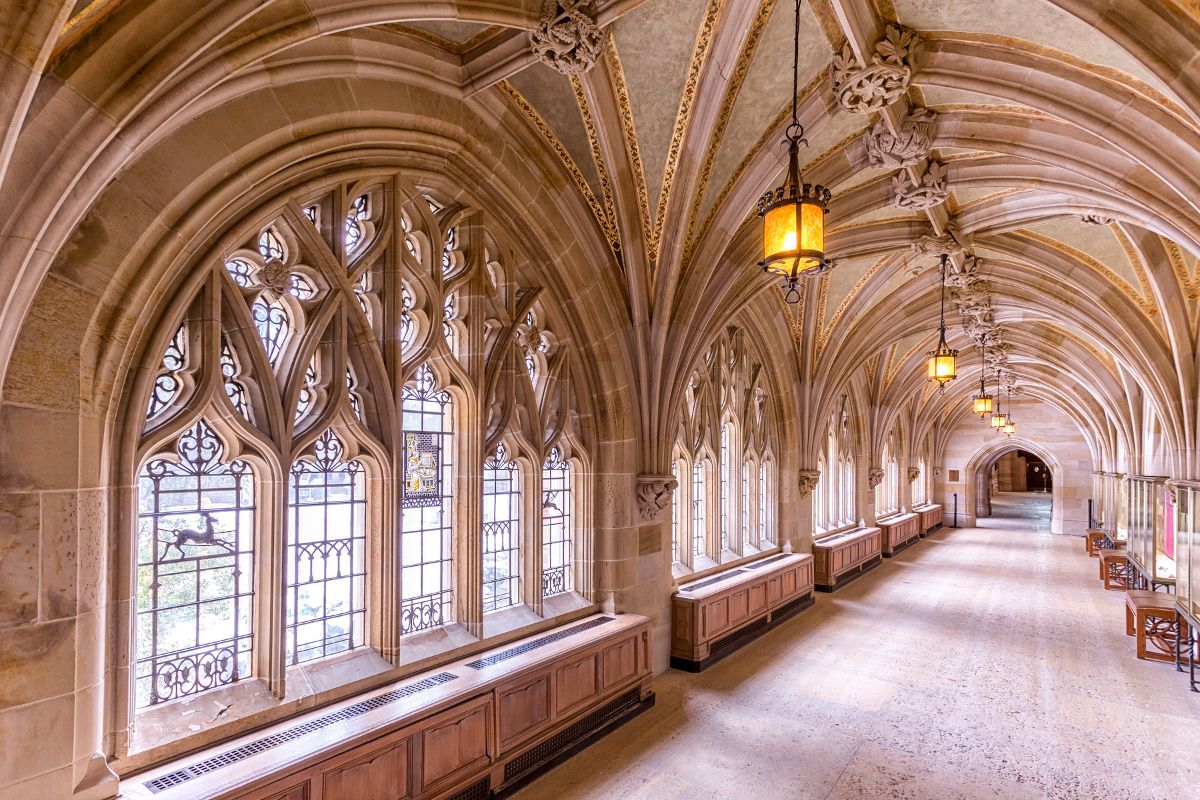 Title: The Halls at Yale | Author: illrjan rrumbullaku | Source: Flickr | License: CC BY-NC-ND 2.0