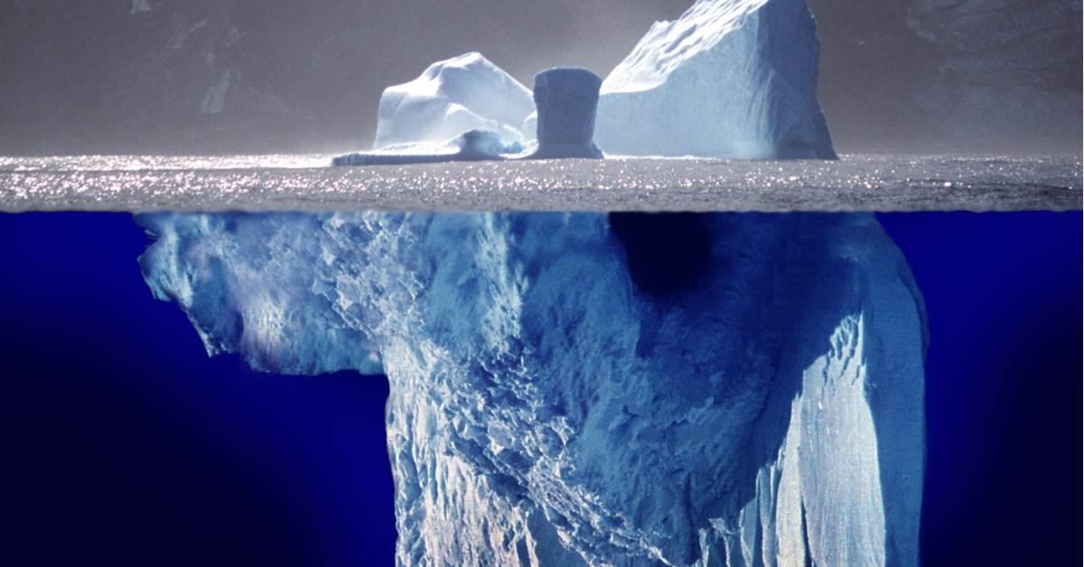Author: Uwe Kils and Wiska Bodo   Author URL: http://www.ecoscope.com/iceberg/   Source: https://de.wikipedia.org/wiki/Eisbergmodell#/media/File:Iceberg.jpg   License: CC BY-SA 3.0