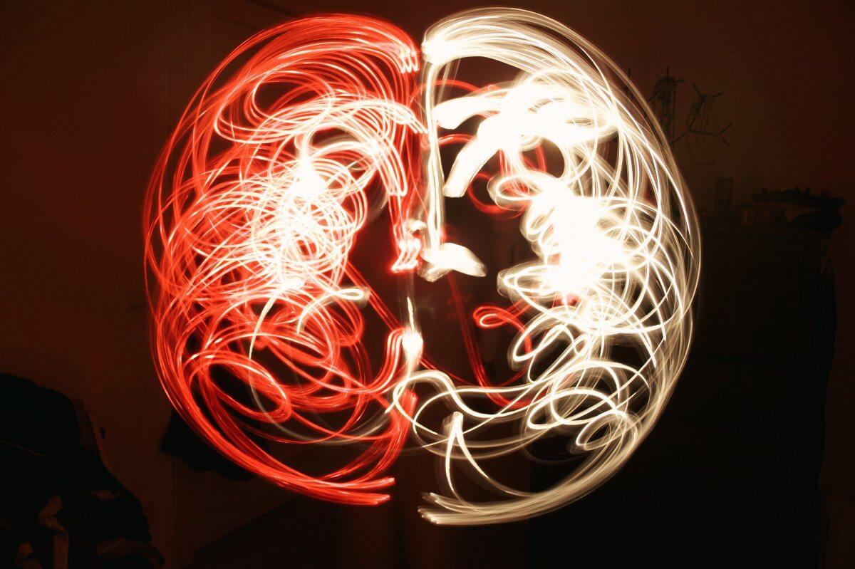 Title: light brain | Author: Mario D'Amore | Source: kidpixo | License: CC BY-NC-SA 2.0