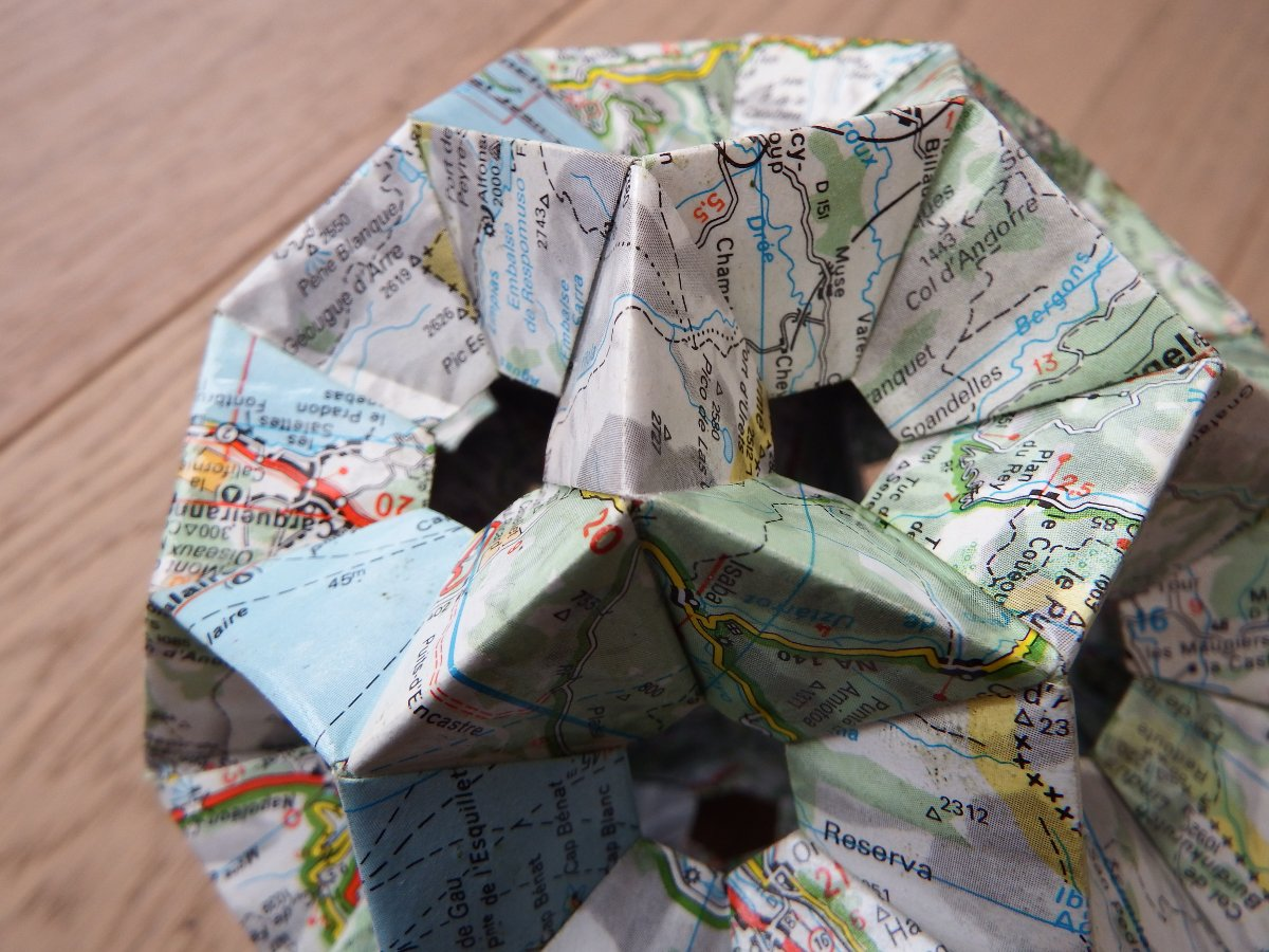 Title: Topographic Origami | Author: fdecomite | Source: fdecomite | License: CC BY 2.0