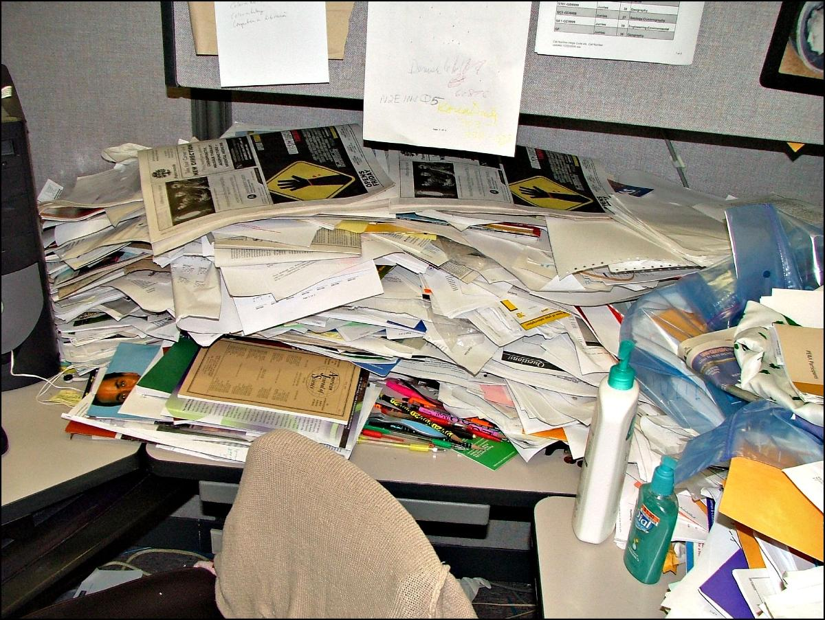 Title: World's Messiest Office Cubicle Discovered in Colorado | Author: Jeffrey Beall | Source: denverjeffrey | License: CC BY-ND 2.0