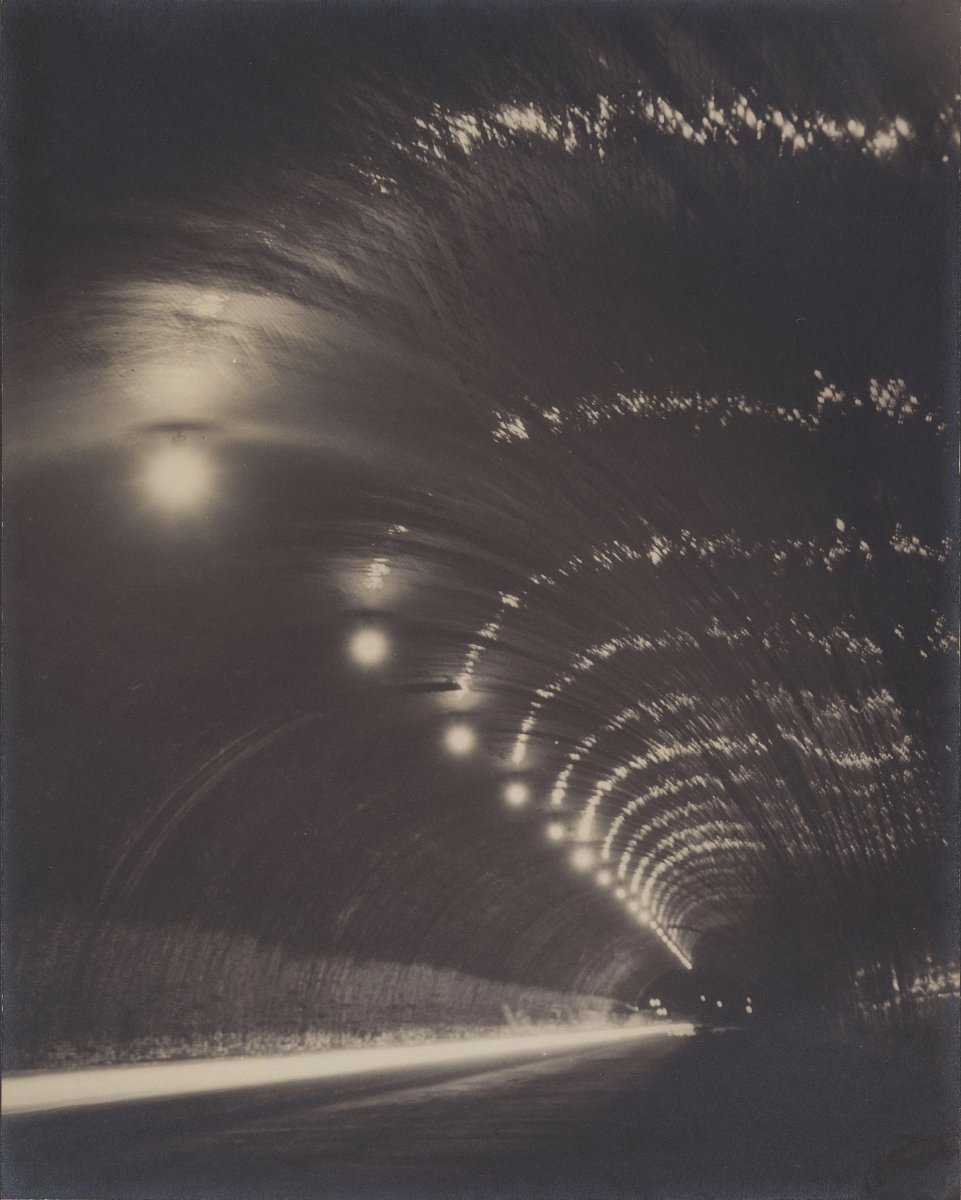 Title: Tunnel of Night | Author: Shinsaku Izumi | License: CC0